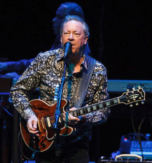 Boz Scaggs Mellows Out at Edmonton's Jubilee